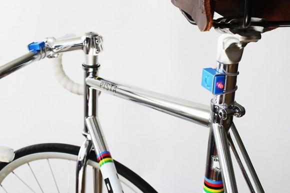 Минималистический шведский велосвет Bookman-blue1