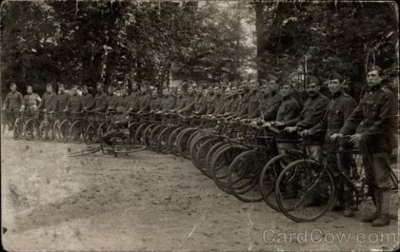"""Результат пошуку зображень за запитом """"армия на велосипедах"""""""