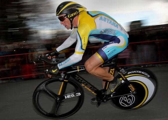 Велосипедист и аэродинамика - непримиримые враги Lance-armstrong-astana_0