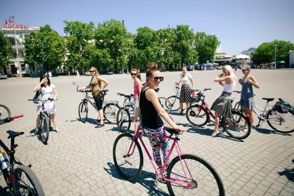 1-й Севастопольский велопарад девушек  Z_fb2d4b49